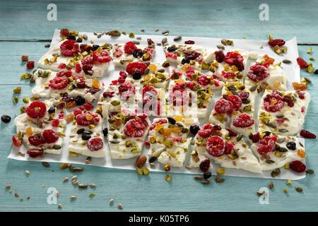 Frozen Greek yogurt bark - Stock Photo