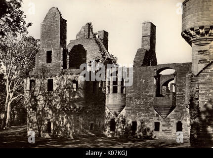 Earl's Palace, Kirkwall, Orkney Islands, Scotland - The West Front     Date: circa 1940s - Stock Photo