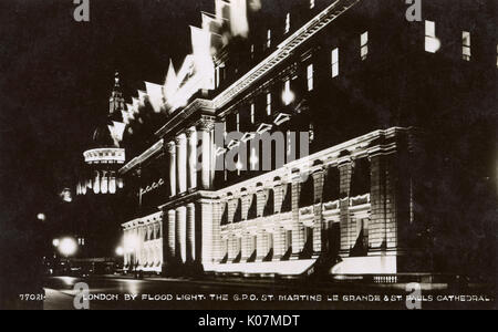 Floodlit London - The General Post Office in St. Martin's Le Grand was the main post office for London between 1829 - Stock Photo