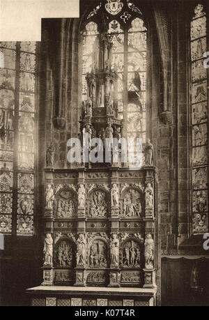 Church altarpiece in Braine-le-Comte, Belgium, dating back to the 16th century.      Date: circa 1910 - Stock Photo