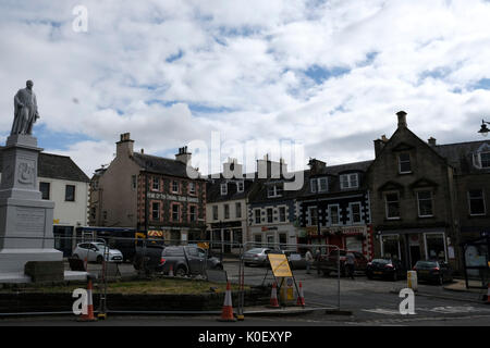 Market Place, Selkirk, UK. 22nd Aug, 2017. Selkirk Streetscape Regenaration Streetscape works in Selkirk Market - Stock Photo