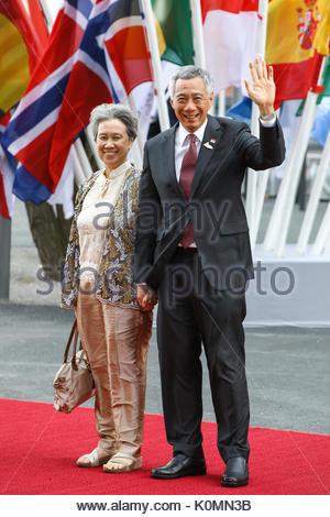 Lee Hsien Loong,  Premierminister von Singapur mit seiner Ehefrau Ho Ching beim Eintreffen zum G20-Konzert in der - Stock Photo