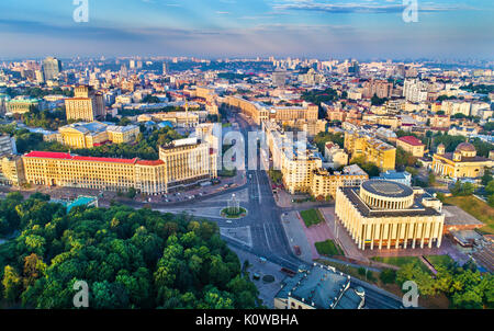 Aerial view of Khreshchatyk, European Square and Ukrainian House in the city centre of Kiev - Stock Photo