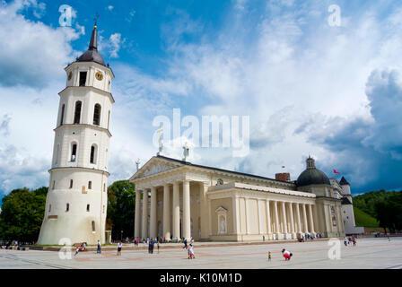 Vilniaus katedra, Roman catholic cathedral, Katedros aikste, Cathedral Square, Vilnius, Lithuania - Stock Photo