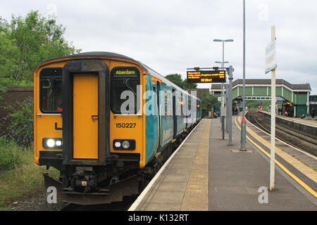 Arriva Trains Wales Class 150 150227 DMU train at Bridgend Station, Wales, UK, awaiting next stopping service to - Stock Photo