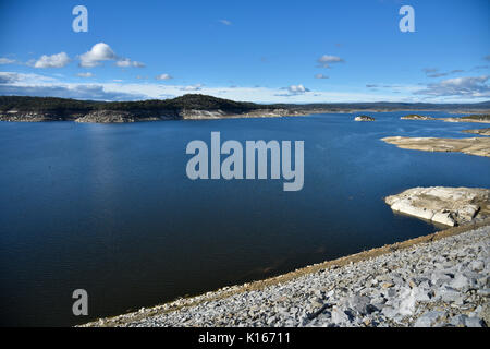 Copeton dam and reservoir, the source of water for Inverell and surrounding districts also offers sport and recreation - Stock Photo