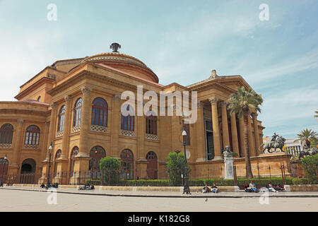 Sicily, the old town of Palermo, Teatro Massimo, the opera house in the style of historicism at the Piazza Verdi - Stock Photo