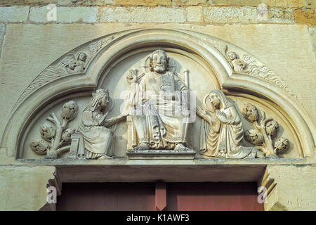 South Tympanum, Abbaye Sainte-Marie-Madeleine, Vézelay, Burgundy, France. - Stock Photo