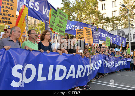 Barcelona, Spain. 26th August 2017. People protest against terrorism in a demonstration that took place in Barcelona - Stock Photo
