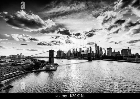 Broklyn Bridge and Downtown Manhattan ina New York City - Stock Photo
