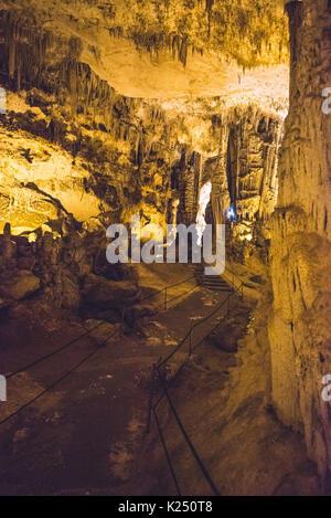 Capo Caccia, Italy. 20th Aug, 2017. The Neptune's Grotto in Capo Caccia near the Sardinian city of Alghero Photo: - Stock Photo