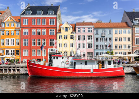 Nyhaven inner harbour in Copenhagen - Stock Photo
