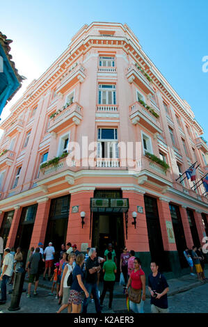Tourists at Hotel Ambos Mundos in Havana Cuba where Ernest Heminway lived from 1932 to 1939 - Stock Photo