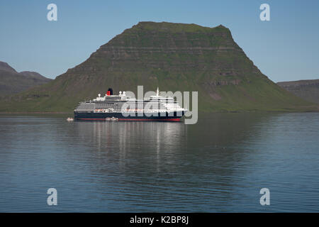 Cunard cruise liner 'Queen Victoria' anchored at Kirgjufell, Grundarfjordur, Iceland. July 2009. - Stock Photo