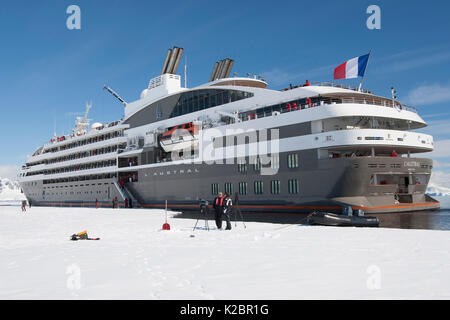 'L'Austral' alongside the winter fast ice in Wilhelmina Bay, Antarctic Peninsula, December 2012. 200 passenger French - Stock Photo