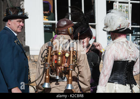 Lincoln, Lincolnshire, UK. 26th August 2017. Pictured:  Bizarre contraptions straped to backs of Steampunkers seamed - Stock Photo