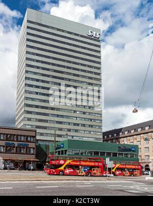 SAS Radisson Blu Royal Hotel on Vesterbrogade in Copenhagen Denmark Europe with City sightseeing buses Stock Photo