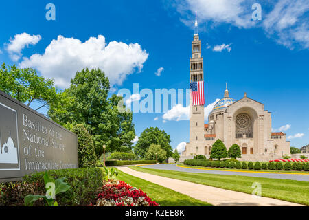Basilica of the National Shrine of the Immaculate Conception.  The Shrine is the largest Catholic church in North - Stock Photo