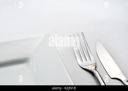 ... Single place table setting knife fork plate. - Stock Photo  sc 1 st  Alamy & Single place table setting knife fork plate Stock Photo: 156534161 ...
