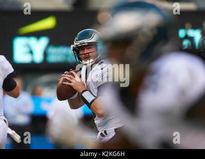 East Rutherford, New Jersey, USA. 31st Aug, 2017. Eagles' quarterback Matt McGloin (3) looks to pass during preseason - Stock Photo