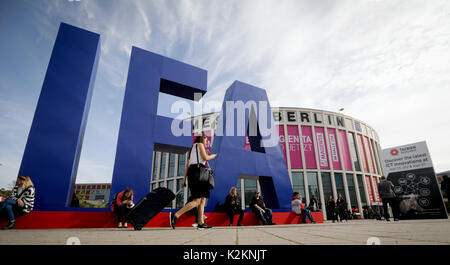 Berlin, Germany. 1st Sep, 2017. Visitors arrive at the IFA 2017 industrial exhibition in Berlin, Germany, 1 September - Stock Photo