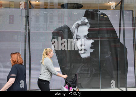Oxford Street, London, UK. 1st September 2017. Kate Moss is the face of the Polish fashion chain Reserved new store - Stock Photo