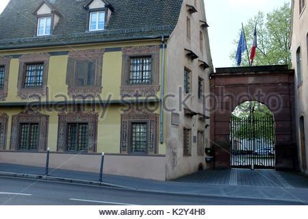 France, Alsace, Bas-Rhin, Strasbourg, l'entree de l'Ecole Nationale d'Administration, ena cree par Charle de Gaulle - Stock Photo
