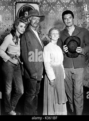 THE BEVERLY HILLBILLIES  DONNA DOUGLAS, BUDDY EBSEN, IRENE RYAN, MAX BAER JR - Stock Photo