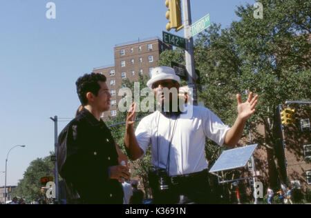 EMPIRE US 2002] JOHN LEGUIZAMO AND DIRECTOR FRANC REYES PICTURE FROM THE RONALD GRANT ARCHIVE A UNIVERSAL FILM EMPIRE - Stock Photo