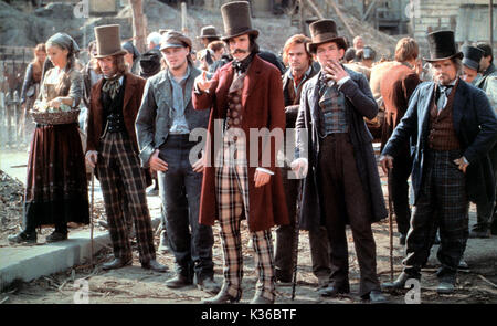 GANGS OF NEW YORK LEONARDO DICAPRIO AND DANIEL DAY-LEWIS MIRAMAX FILMS AND 20th CENTURY FOX     Date: 2002 - Stock Photo