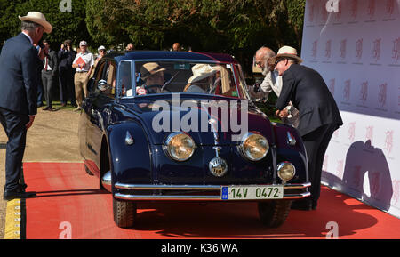 Hampton Court Palace, UK, 1st September, 2017. Prince Michael of Kent opens the Concours of Elegance. Marc Wainwright - Stock Photo