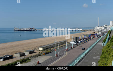 Brighton, UK. 2nd Sep, 2017. The beach and seafront is cleared of people for safety at the Brighton Speed Trials - Stock Photo