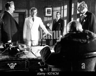 THE MAN IN THE WHITE SUIT L-R, HOWARD MARION CRAWFORD, ALEC GUINNESS, MICHAEL GOUGH, ERNEST THESIGER, CECIL PARKER - Stock Photo