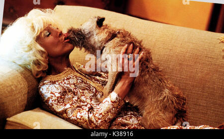 THERE'S SOMETHING ABOUT MARY [US 1998] LIN SHAYE AS MAGDA WITH HER DOG     Date: 1998 - Stock Photo