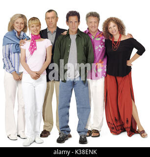 MEET THE FOCKERS BLYTHE DANNER, TERI POLO, ROBERT DE NIRO, BEN STILLER, DUSTIN HOFFMAN AND BARBRA STREISAND DIRECTOR: - Stock Photo