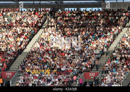 Spectators enjoying the 2017 IAAF World Championships, Queen Elizabeth Olympic Park, Stratford, London, UK, 6th - Stock Photo