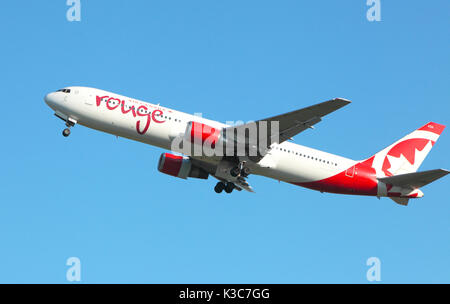 Air Canada,Rouge Boeing 767-300 ER leaves Edinburgh Airport - Stock Photo