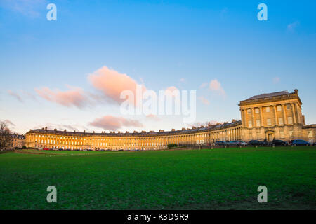 Bath Royal Crescent, wide view of the Royal Crescent - a row of 30 Georgian terraced houses laid out in a sweeping - Stock Photo