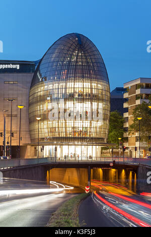 Weltstadthaus (global city building) of Renzo Piano, Cologne, North Rhine-Westphalia, Germany - Stock Photo