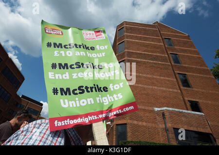 London, UK. 2nd September, 2017. 'McStrike Protest' by McDonald's fast food workers outside McDonald's HQ in East - Stock Photo