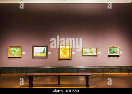 England, London, Trafalgar Square, National Gallery, Empty View of the Impressionist Gallery - Stock Photo