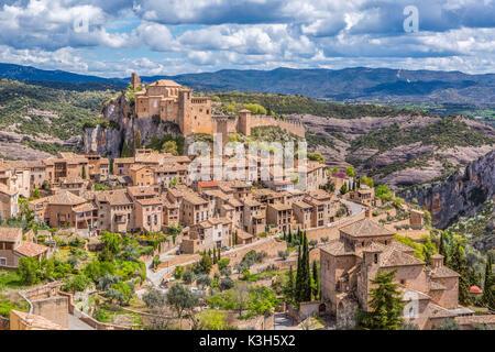 Spain, Huesca province, Alquezar City, San Miguel Church and Santa Maria Colegiata - Stock Photo