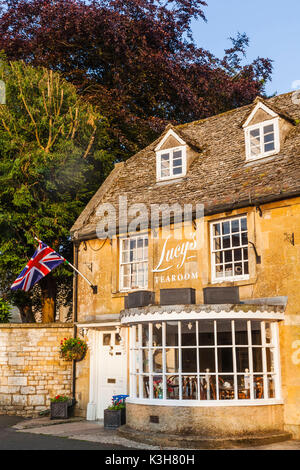England, Gloucestershire, Cotswolds, Stow-on-the-wold - Stock Photo