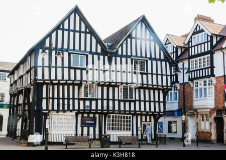 England, Worcestershire, Cotswolds, Evesham, Town Centre - Stock Photo