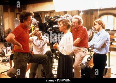 WHITE NIGHTS Director TAYLOR HACKFORD, HELEN MIRREN, Cameraman DAVID WALKIN, MIKHAIL BARYSHNIKOV     Date: 1985 - Stock Photo