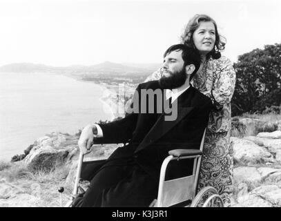 MY LEFT FOOT DANIEL DAY-LEWIS as Christy Brown, RUTH MCCABE - Stock Photo