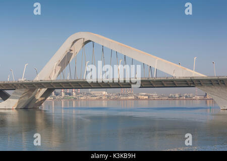 UAE, Abu Dhabi, Sheikh Zayed Bridge, designed by Zaha Hadid - Stock Photo