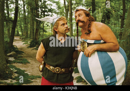 ASTERIX AUX JEUX OLYMPIQUES aka ASTERIX AT THE OLYMPIC GAMES CLOVIS CORNILLAC as Asterix, GERARD DEPARDIEU as Obelix - Stock Photo