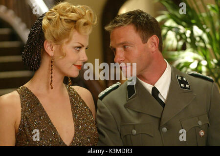 HEAD IN THE CLOUDS [BR / CAN 2004] CHARLIZE THERON, THOMAS KRETSCHMANN     Date: 2004 - Stock Photo