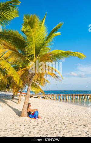 Mano Juan, Saona Island, East National Park (Parque Nacional del Este), Dominican Republic, Caribbean Sea. Woman - Stock Photo